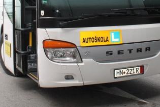 Prednja-ploca-za-autobus